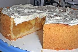 apfelkuchen mit zimt sahnehaube