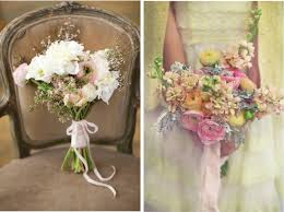 Furthermore Rustic And Natural Elements Have Become The Trendiest Additions For Bouquets Burlap Fabric Wrapping Is Very Popular