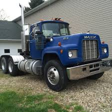 85 R Model - Antique And Classic Mack Trucks General Discussion ...