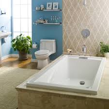 5 Tips On Buying The Best Bathroom Suites ✦ Daily Home Living