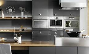 cuisine grise et plan de travail noir cuisine grise et plan de travail noir stunning cuisine with