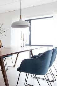 stuhl dunkelblau dunkelblaue stühle im esszimmer sorgen für