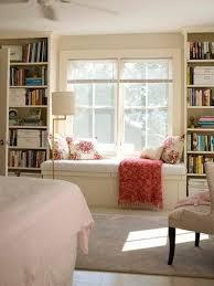 sitzecke wohnzimmer fensterbank gemütlich sitzecke haus