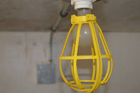 Underwriters Laboratories Portable Lamp by Large Process Water Tank In 20 U0027 Container