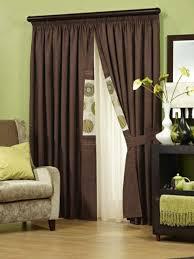 einrichten mit farben braune möbel und wände für