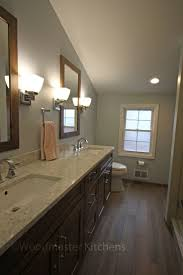 Estate By Rsi Cabinets by Best 25 Transitional Bath Linens Ideas On Pinterest Traditional