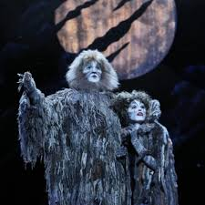 OFFBEAT Actor Enjoys Playful Role In National Tour Of CATS
