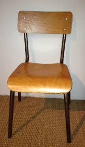chaise d colier chaise d écolier en bois sellingstg com