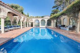 100 House For Sale In Malibu Beach Grand Tuscan Villa The Life