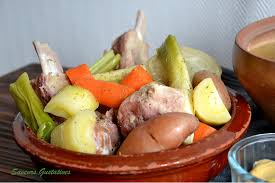 veritable pot au feu saveurs gustatives plat de côtes de porc façon pot au feu