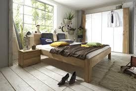 schlafzimmer komplett massivholz