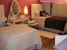 Twin Beds Teen Girls Bedroom Ideas Oval Mirror Dress Table Ideas