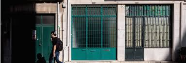 100 Small And Elegant And Windowless Garage In Lisbon Transformed Into An