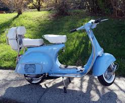 Blue Retro Vespa VBB