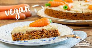 karottenkuchen vegan so gelingt der klassiker ohne ei und ohne zucker