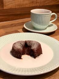 warme schoko küchlein mit flüssigem kern das muffin mädchen