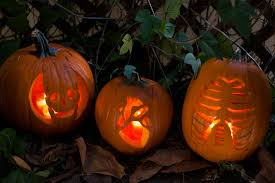 Scary Pumpkin Carving Ideas by Easy Scary Halloween Decorations