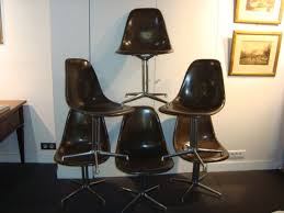 6 chaises charles eames occasion 6 chaises de charles eames coque