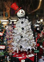 Christmas Tree Shop Middleboro Mass by Best Places To See Christmas Lights In New England New England Today