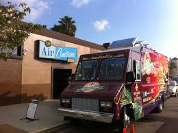 100 Game Truck San Diego Great Cajun Food In Front Of Air Conditioned Lounge In North Park