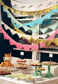 A Housewarming Party With DIY Decorations
