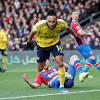 Chơi thiếu người, Arsenal nhận kết quả buồn trước Crystal Palace