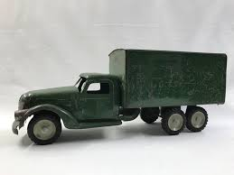 1940'S BUDDY L Box Truck - Green - Both Rear Doors - $225.00 | PicClick Farm Toy Auction Smith Miller Toy Truck Original Sand And Gravel Dump Planes Trains Trucks Global Trade Boom Fires Up Oil Demand Kaiser Concrete Mack Archives Antique Toys For Sale Trucks Vintage Toys The Estate Sale All American Company Parts Smithmiller Fire Im Liking Inrstate Motor Freight System Project 1940s Buddy L Box Green Both Rear Doors 22500 Pclick Items