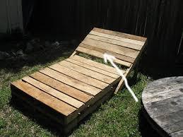 chaise longue palette construire un transat chaise longue pour votre jardin avec des