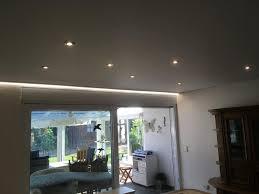 led lichtband und abgehängte decke im wohnbereich bruchsal