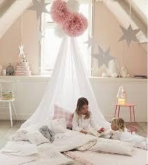 deco chambre fille princesse une ambiance de princesse avec des murs roses pastels et des