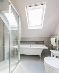 moderne freistehende wanne im bad unter bild kaufen