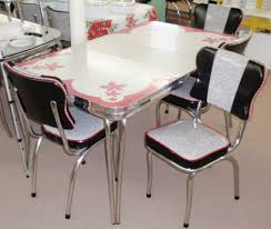 Restored Vintage Red Gray Inlaid Formica Dinette Table W Chairs Leaf