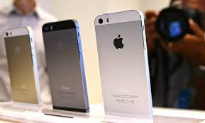 Apple iPhone 5S Stock Clearance Sale Discounted Price at Amazon