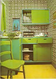 wandgestaltung wohnzimmer wohnzimmerschrank grün 70s green
