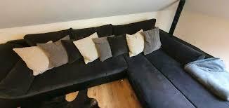 wohnzimmer sofa mit großer liegefläche