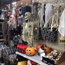 Halloween Express Maplewood Mall by Find Out What Is New At Your Everett Walmart 11400 Highway 99