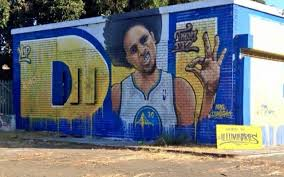 must see artists paint giant steph curry mural in oakland