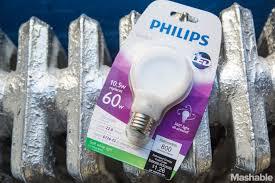 philips flattens the light bulb