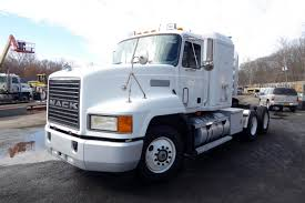 1997 Mack CH613 Tandem Axle Sleeper Cab Tractor For Sale By Arthur ...