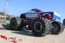 Monster Truck Madness #6 – Getting Started With An Axial SMT10 « Big ... Monster Truck Thrdown Eau Claire Big Rig Show Woman Standing In Big Wheel Of Monster Truck Usa Stock Photo Toy With Wheels Bigfoot Isolated Dummy Trucks Wiki Fandom Powered By Wikia Foot 7 Advertised On The Web As Foo Flickr Madness 15 Crush Cars Squid Rc Car And New Large Remote Control 1 8 Speed Racing The Worlds Longest Throttles Onto Trade Floor Xt 112 Scale Size Upto 42 Kmph Blue Kahuna Image Bigbossmonstertckcrushingcarsb3655njpg Jonotoys Boys 12 Cm Red Gigabikes