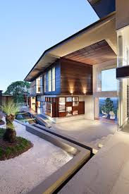 100 Tree Houses Maleny Glass House Mountains House Perched On The Edge Of The