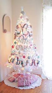 What Can Be More Adorable For Girls Room Than This Pink Christmas Tree
