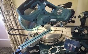 makita xsl02 36v cordless 7 1 2 in sliding miter saw