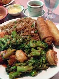 Fresh shrimp with broccoli spring roll and egg roll didint know