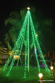 Flagpole Christmas Tree by Copeland Christmas Blog 2015