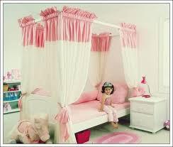 dekorieren sie das schlafzimmer ihres kindes mit rosa 15