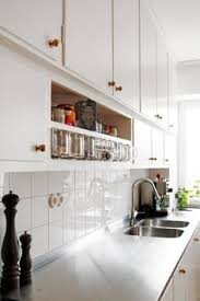 Pretty Simple Open And Clean White Kitchen