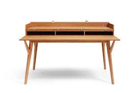 bureau en bois design table design en bois cuisine ilot central design blanche