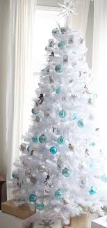 33 Chic White Christmas Tree Decor Ideas DigsDigs 20 Holiday Decorating With