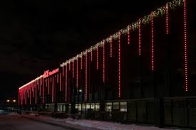 Ace Hardware Christmas Tree Bag by Ace Hardware U0027s Corporate Headquarters Shines Bright With Holiday